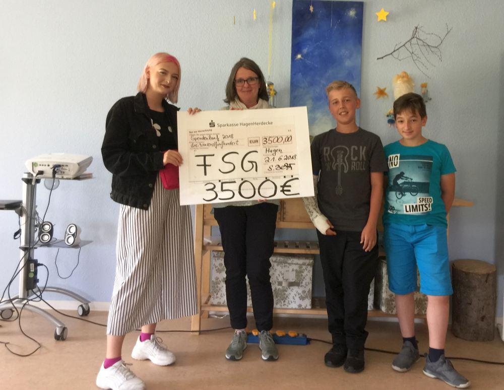FSG erläuft über 3500 Euro für das Kinderhospiz Sternentreppe